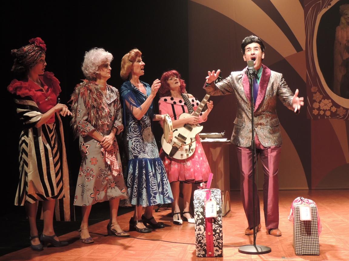 Rádio-atrizes com Cid Farnel.